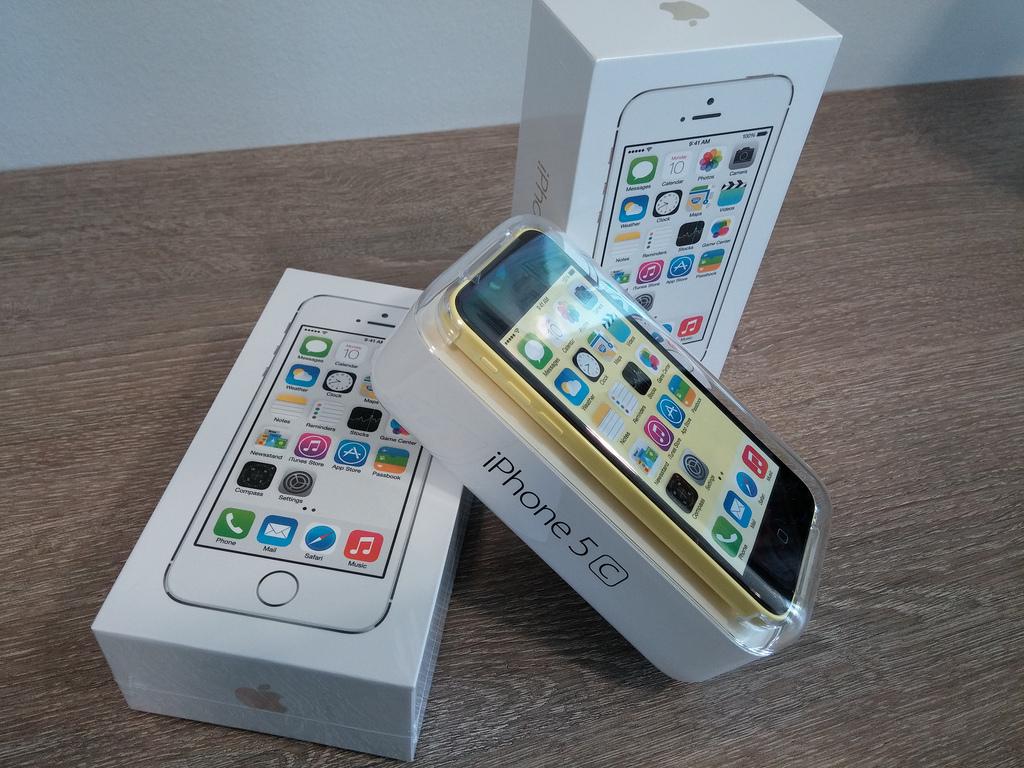 iPhone 5sが米の全キャリアで売り上げトップに!iPhone 5cもトップ3にランクイン