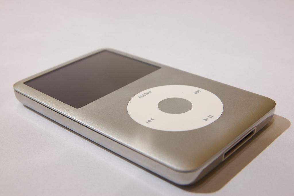 Apple、iPodのクリックホイールは日本人男性からのパクリだった?