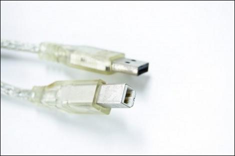 Xperiaをeneloopから充電する方法。