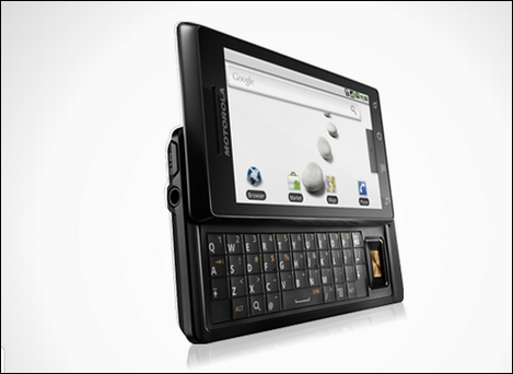 「Motorola Droid 2」が8月12日に発売?