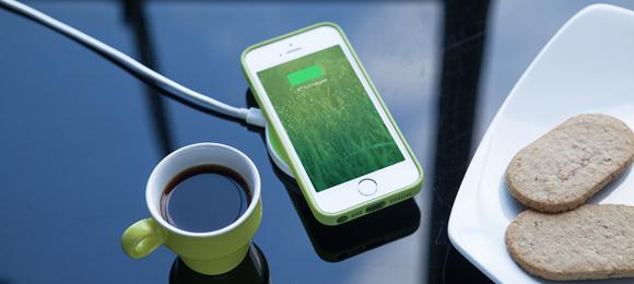 良いような!悪いような・・・iPhoneをワイヤレス充電に対応させる「iQi Mobile」を紹介!