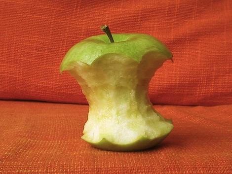 アップルにモトローラの特許を侵害したとの仮決定が下る。
