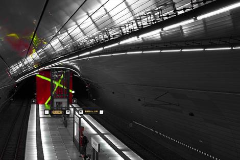 東京メトロの一部駅間でトンネル内のデータ通信が可能に。年内には全線で対応。