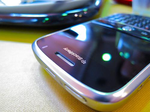 ブラックベリー、日本から撤退。個人向けにデバイス提供から約4年で