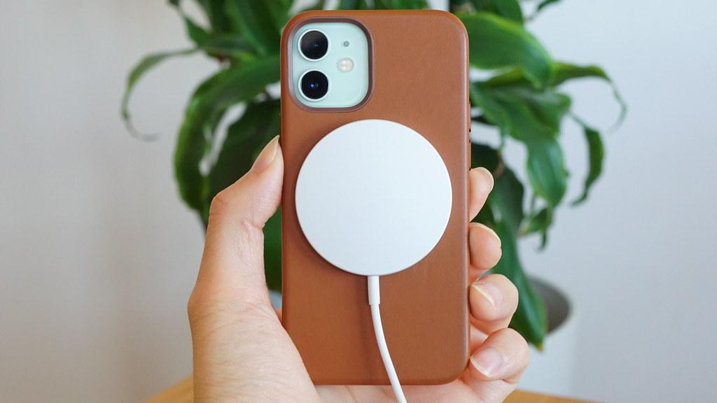 更新:iPhone 12、ワイヤレス充電できない不具合が発生
