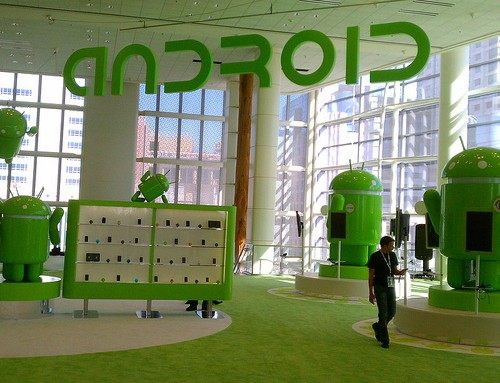 Google、新型Nexus7を日本時間7月25日に発表か