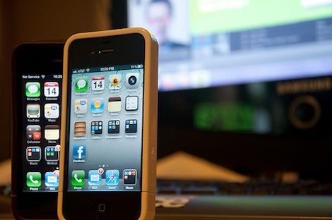 """iPhone 4Sの""""S""""は「for Steve」ではなかった!"""