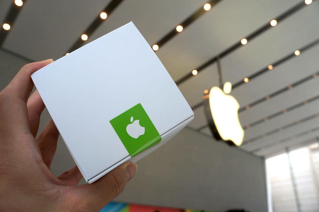 Apple Store(アップルストア)表参道で先着5000人に配られたTシャツをゲット!