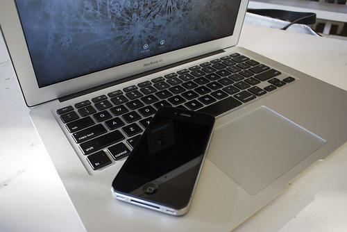 廉価版iPhoneは「iPhone mini」それとも「iPhone Air」?ーアナリストが6月発表と予想