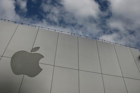 iPhone5の10月発売が濃厚に?ソフトバンクがiPhoneの割引キャンペーンを9月末まで延期。