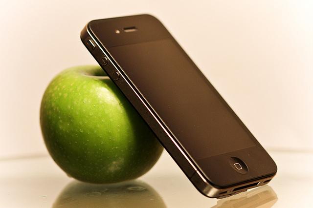 ネットでiPhone2台を購入→青りんご2個が届く事件が発生!