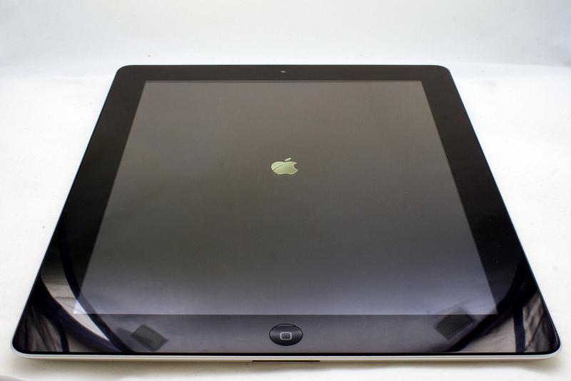 新型iPadのプロトタイプとされる実機画像がリーク?