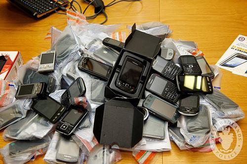 総務省、携帯電話やスマホで発生した通信事故の報告義務をより厳しくする方針ー報告手段も充実化