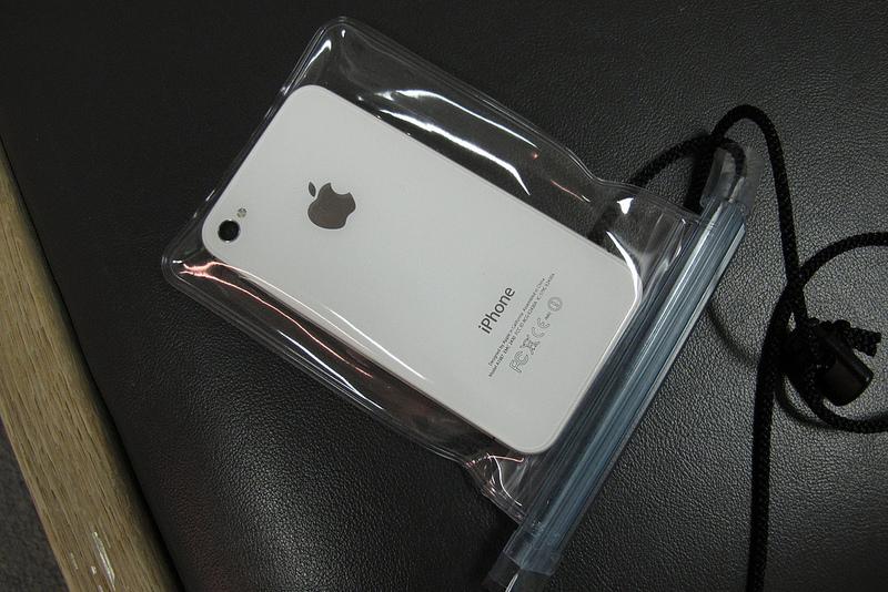 iPhoneを防水にしてくれるサービスが2013年7月より開始!