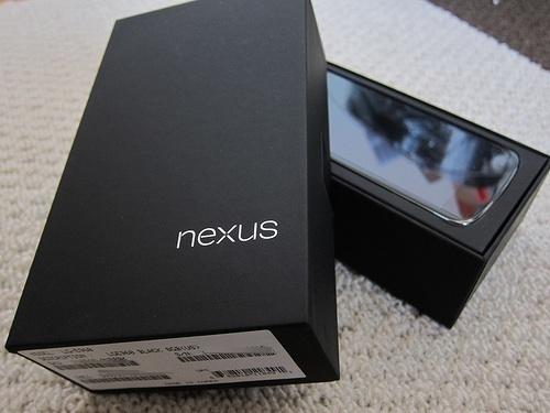 Android 5.0の発表に遅れ?ボディデザインがアップデートされた「Nexus4」が発表との報道