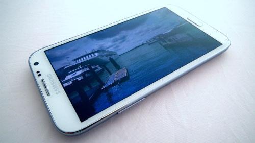 【更新】GALAXY Note3は前機種からさらにディスプレイがインチアップし、5.9インチに?
