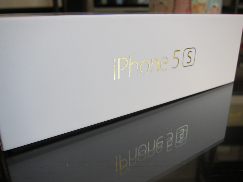 【販売ランキング】iPhone 5sの発売3週目はドコモが1位、2位独占にーBCN調べ