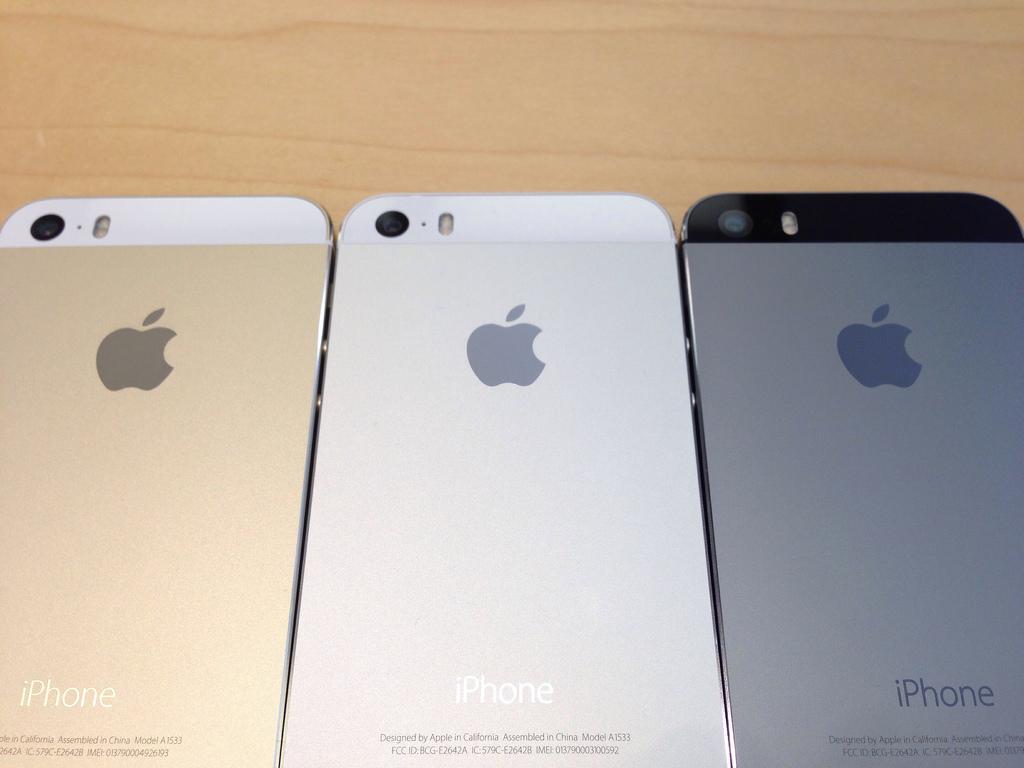 【販売ランキング】iPhone 5sの発売2週目もソフトバンクが優勢にーBCN調べ