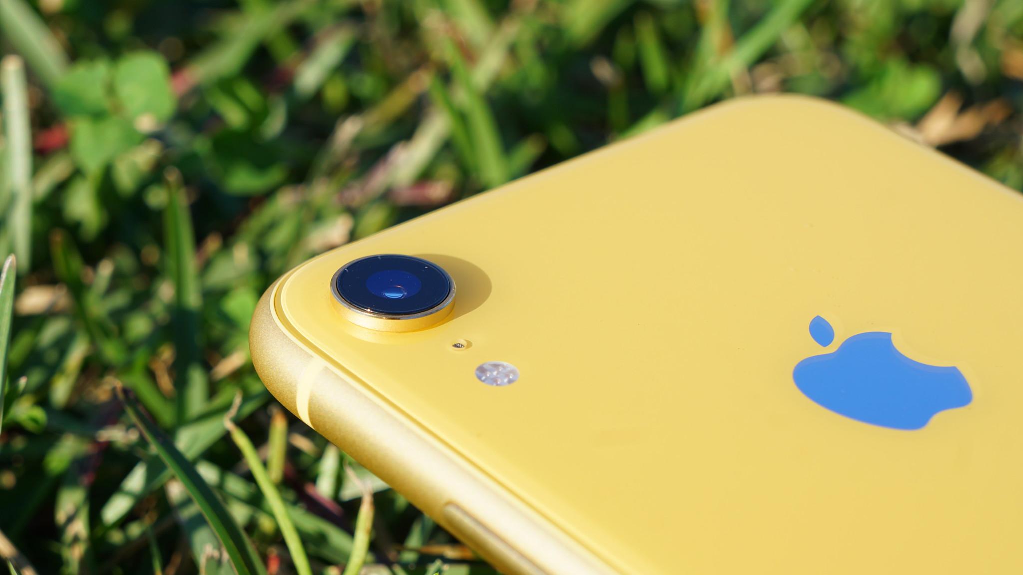 次期iPhone XRはデュアルカメラを搭載か