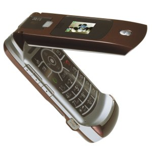 ドコモ、モトローラー製の「M702iG」を12月22日に発売。