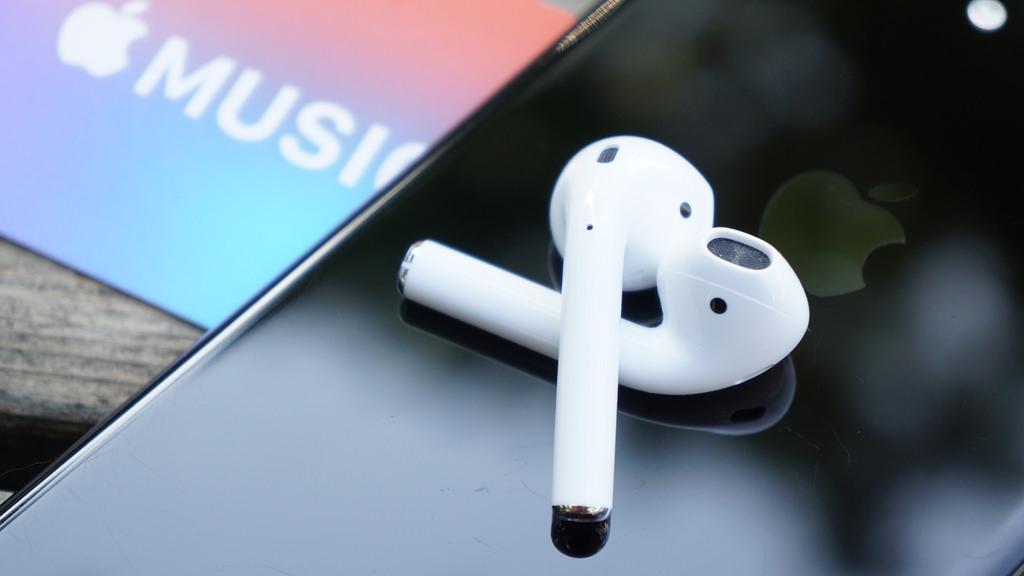 Apple、新デザインの「AirPods」を2020年に発売か