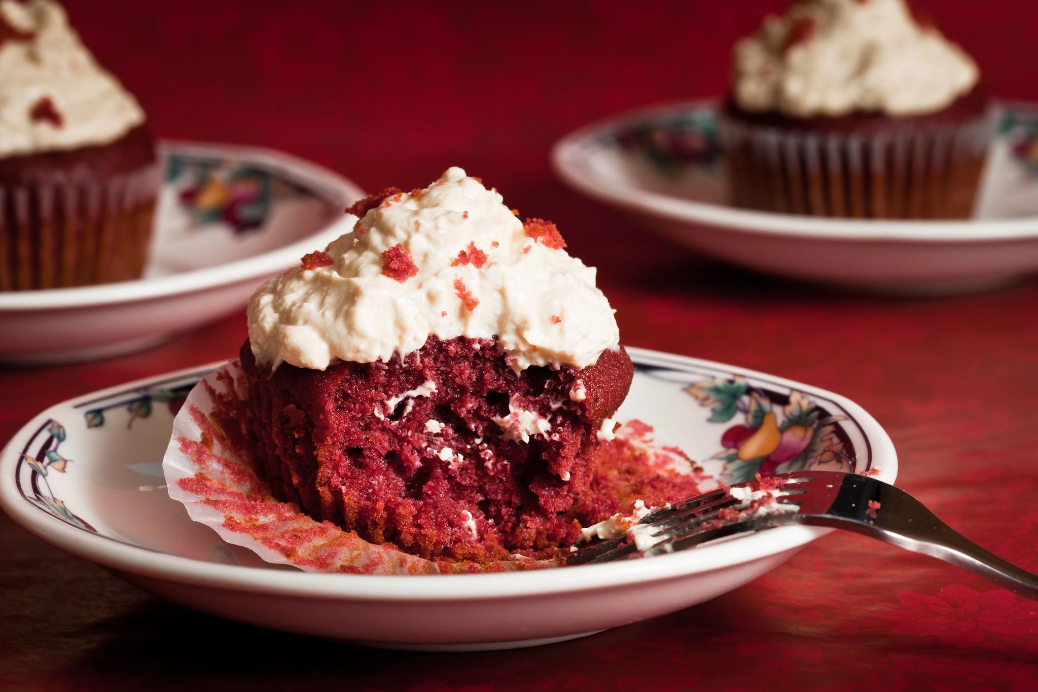Android 11、お菓子コードネームは「レッドベルベットケーキ」