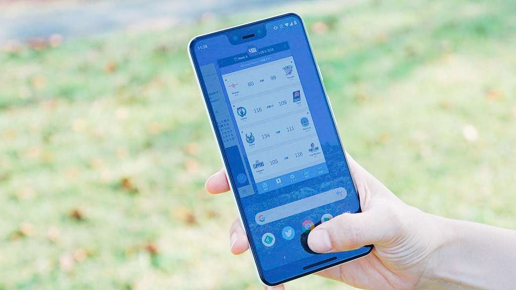 Google、次期「Android Q」で戻るボタンを削除へ