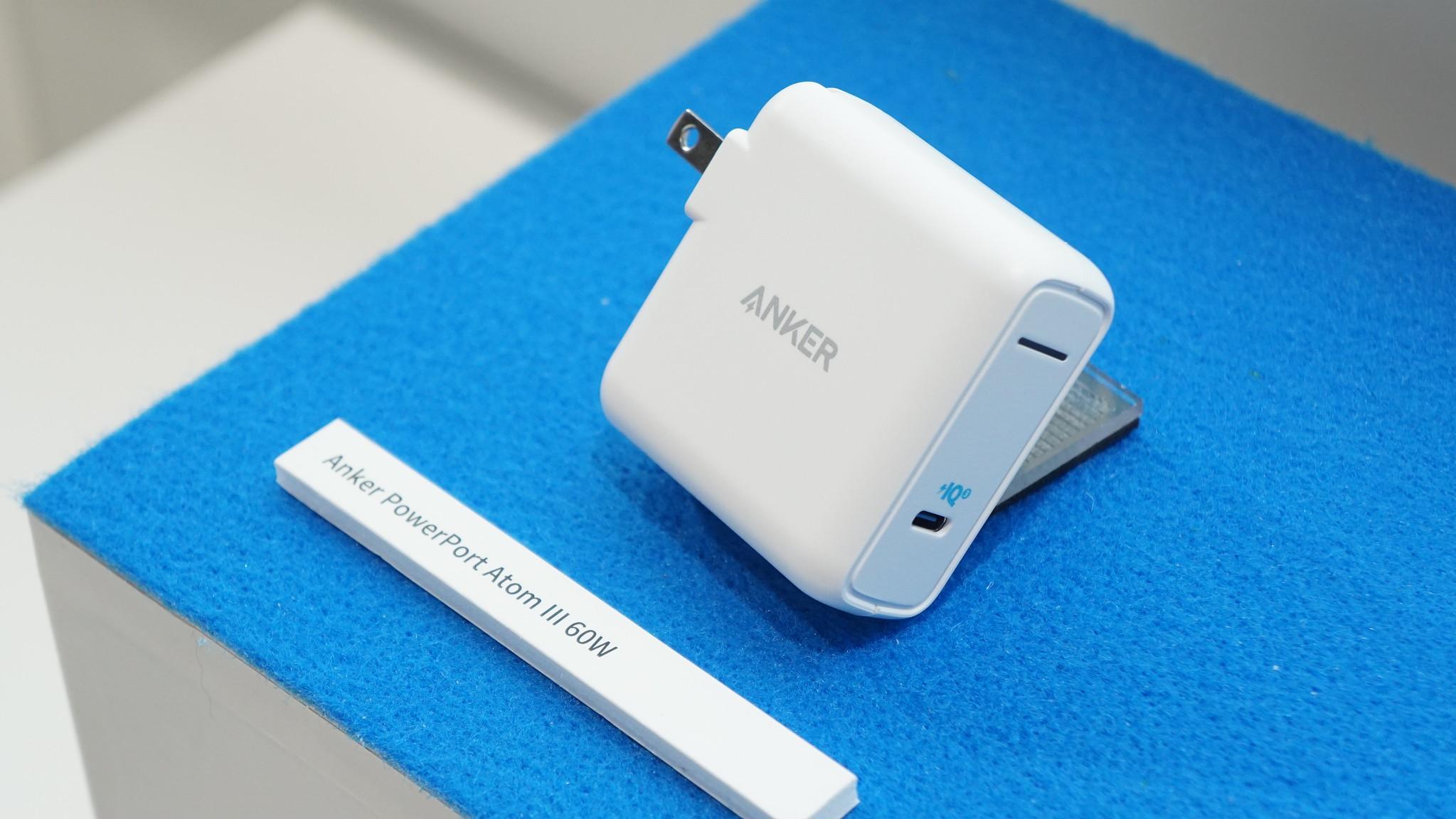 手のひらサイズでMacBook Proも充電できる「PowerPort Atom III 60W」が今夏発売