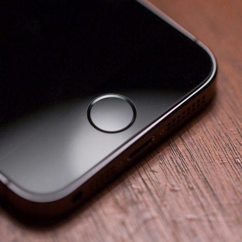 アップル、iOS 10で新しいホームボタンを実験か
