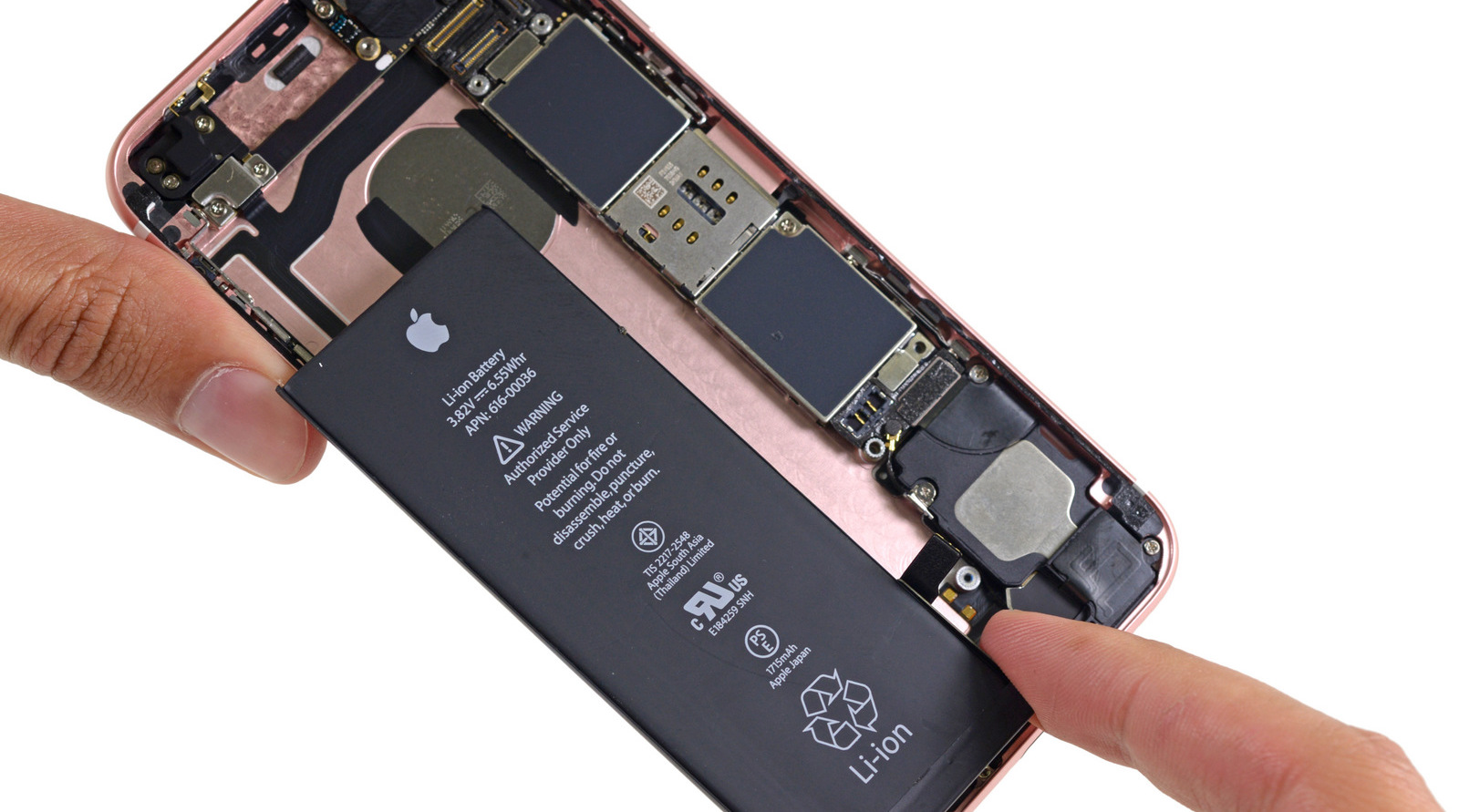 Apple、iPhoneの電池劣化による意図的な性能低下を認める