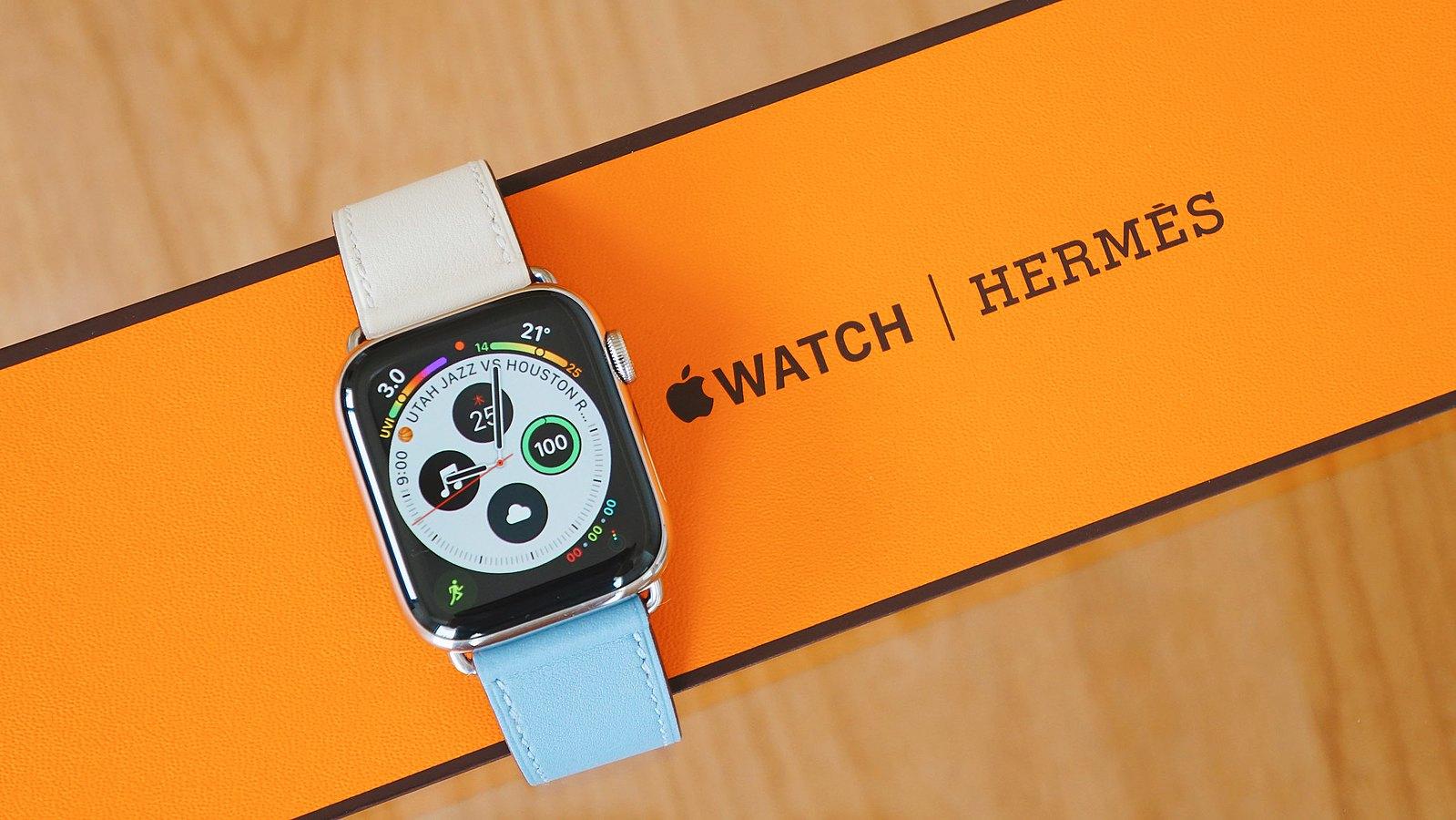 Apple Watch Hermès ヴォー・スウィフト シンプルトゥールレザーストラップ レビュー
