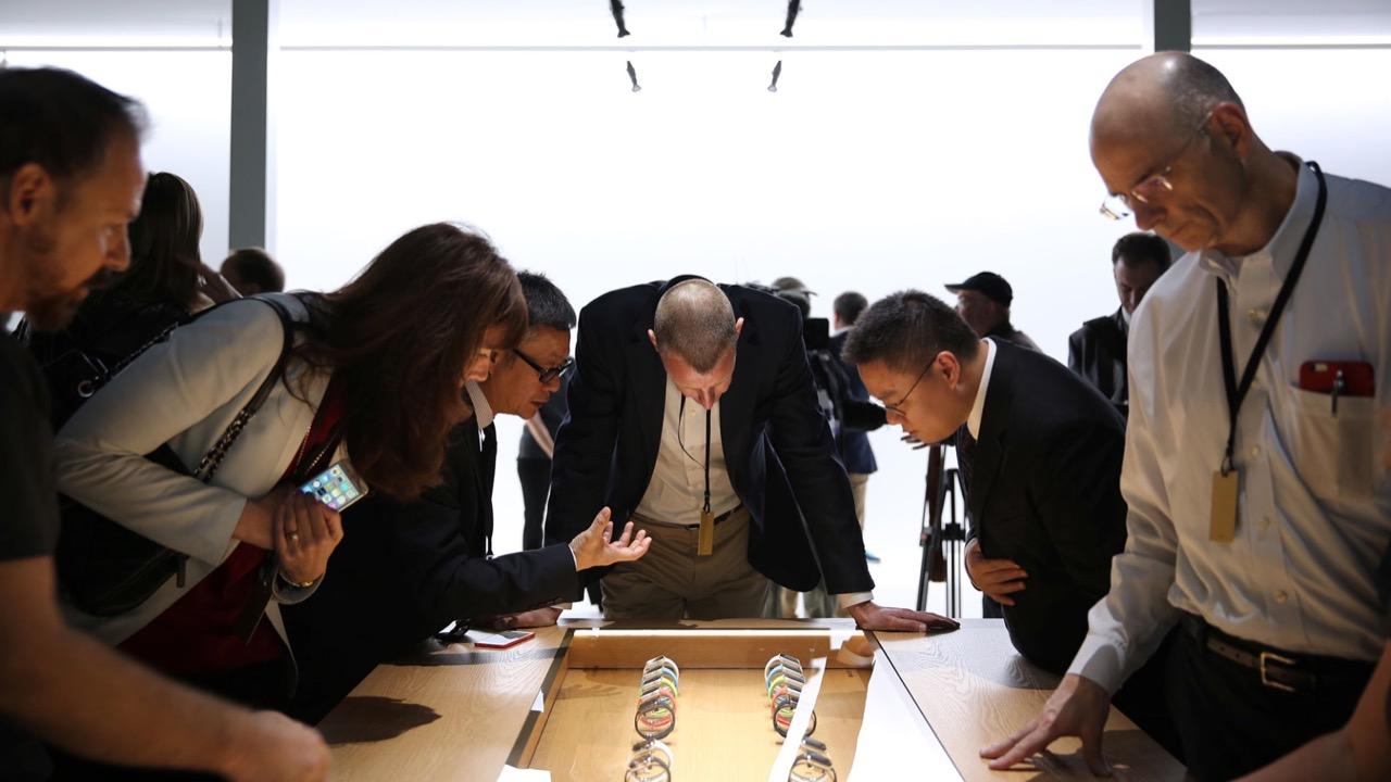 Apple Watch:予約したケースとバンドを発売前にApple Storeで試せるかも?