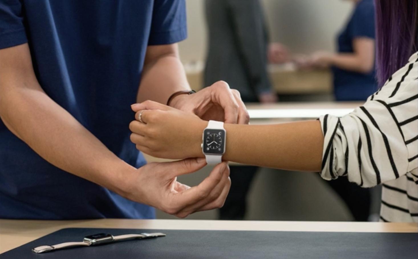 Apple Watchの発売日は4月24日から!予約と展示も10日から開始!