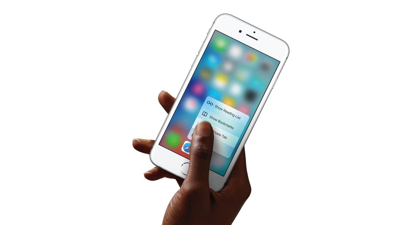 グーグルとサムスンに追従、アップルが「iPhone 8」に有機ELディスプレイを搭載か