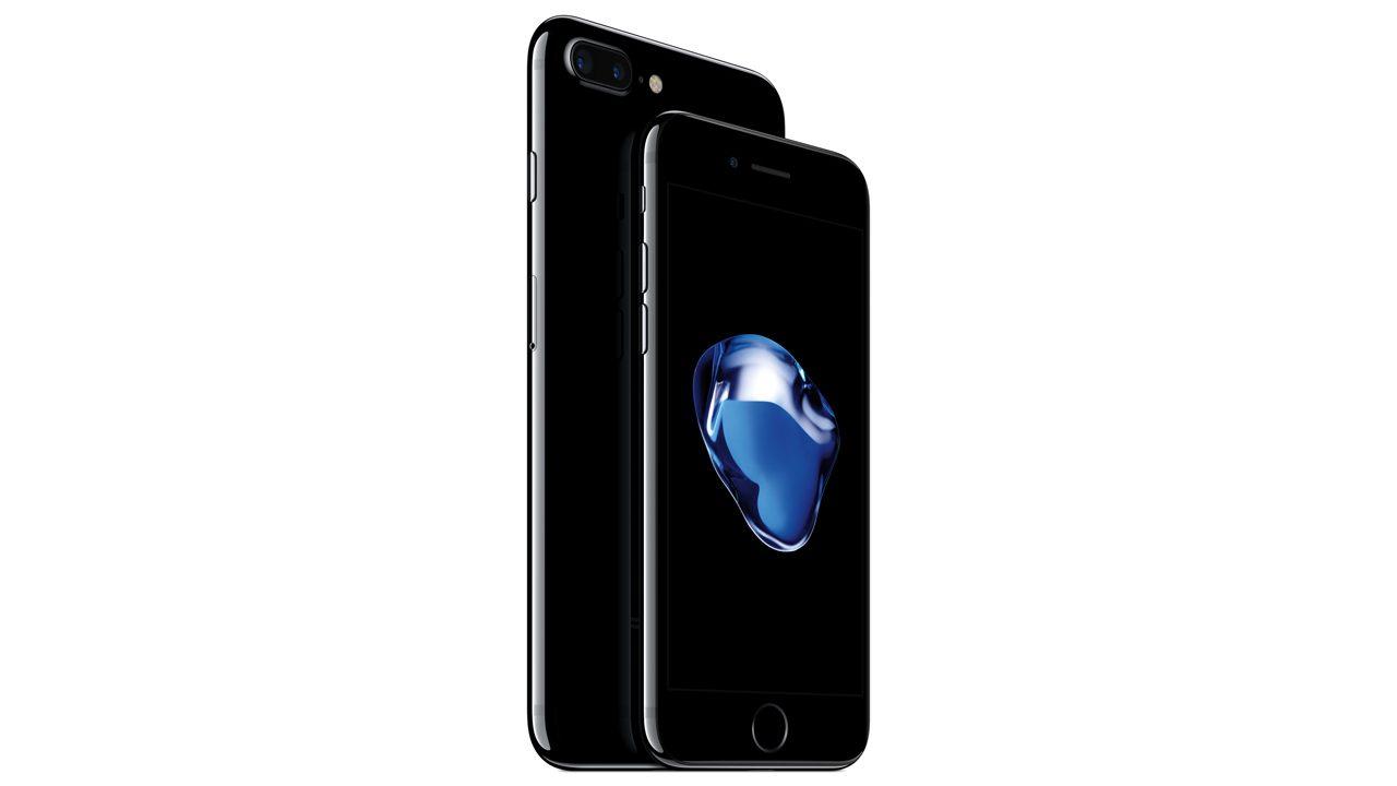 ドコモ、iPhone 7・ジェットブラックの入荷案内に4週間以上と説明