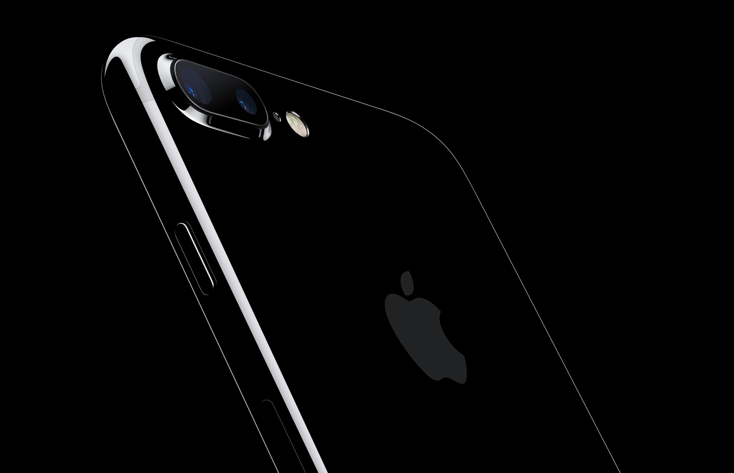 ドコモ、iPhone 7/iPhone 7 Plusのジェットブラック・32GBモデルを発売