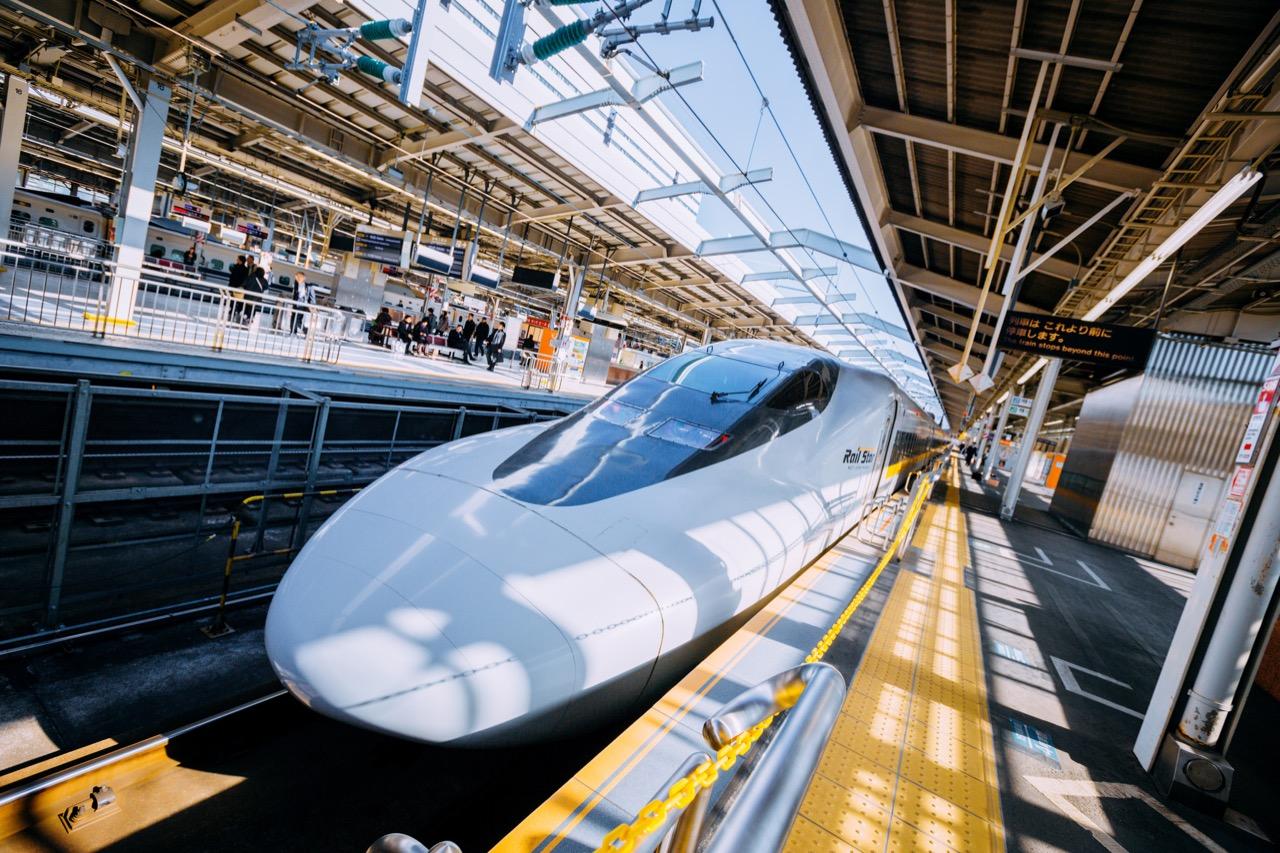 ドコモ、山陽新幹線で「docomo Wi-Fi」が利用可能に。九州新幹線でも提供へ