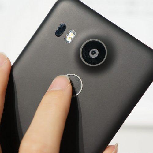 画面ロックの利用率が50%→90%超に向上、スマホの指紋認証で