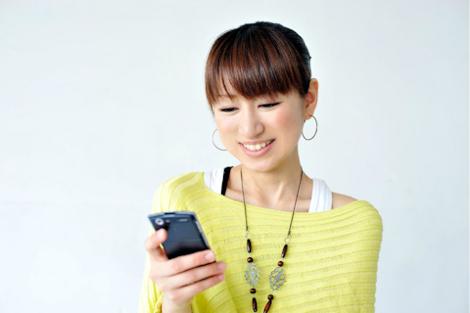 女子中高生の9割がスマートフォンを選び、そのうち6割はiPhoneを購入しているらしい。