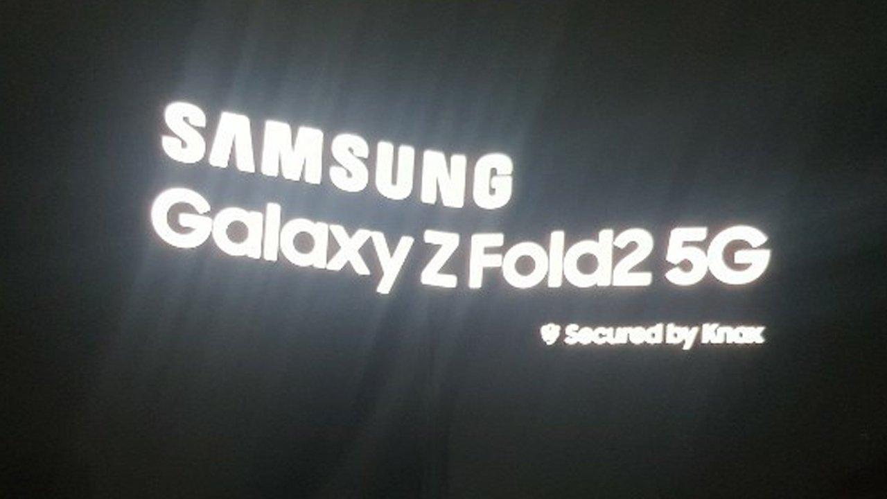 折りたたみスマホ「Galaxy Z Fold 2」の実機写真が流出。ノッチ廃止か