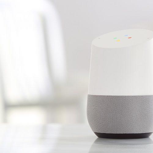 ついに日本上陸「Google Home」が今週発売。6480円の「Google Home Mini」など新型も登場