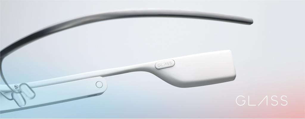 Google Glassを装着しながらゴーカートを運転する動画がYouTubeに投稿される