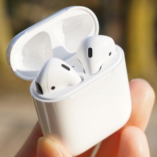 「AirPods」は両耳でなく片耳だけでも利用可能
