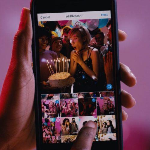 インスタグラム、10枚の写真・動画をまとめてアップできる新機能を追加