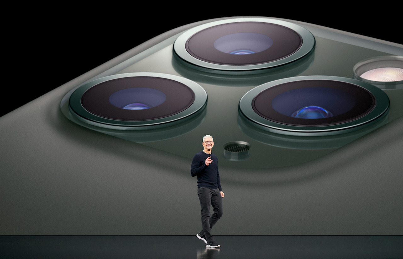 iPhone 12 mini/Pro Maxの発売日は11月か