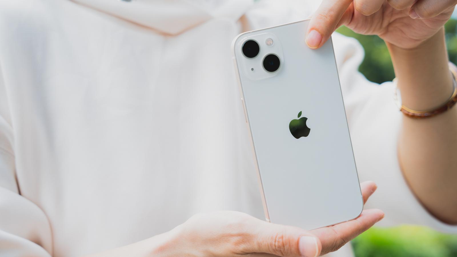 iPhone 13 レビュー
