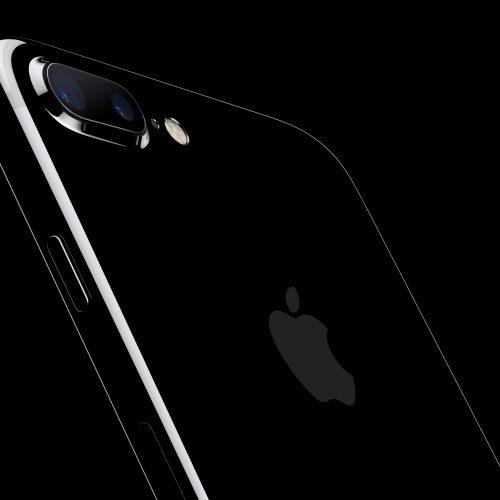 iPhone 7、ジェットブラックとPlusモデルは当日販売なし