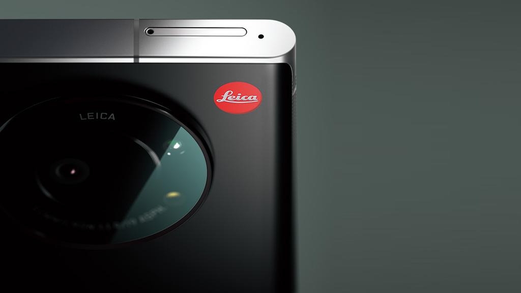 速報:ライカ初のスマートフォン「LEITZ PHONE 1」をソフトバンク独占販売