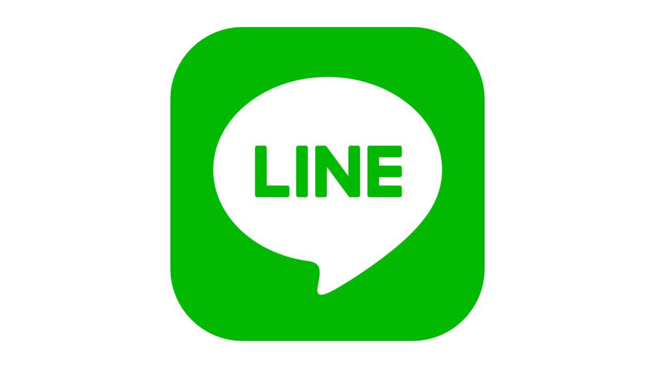 LINE、アップデートでカメラの操作性改善。写真編集にスタンプ追加も