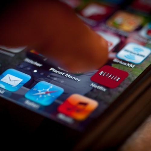 "Netflix、国内でサービス開始 無料期間中の解約で""0円""利用可能"